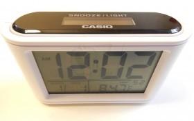 ساعت دیجیتال خورشیدی طرح کاسیو مدل 025 دارای چراغ پس زمینه تاریکی و دماسنج و تقویم