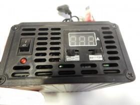شارژر باطری ماشین با 2 نوع ولتاژ خروجی 12 و 6 ولت با توان 10 آمپر دارای دکمه شارژ سریع