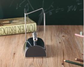 گهواره نیوتن پاندولی پایه روکش استیل آینه ای آونگ تزئینی
