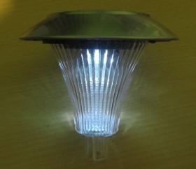 چراغ خورشیدی باغچه ای استیل نیزه ای مدل 140