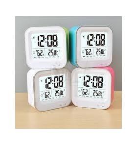 ساعت دیجیتالی شارژی طرح کاسیو مدل054 دارای سنسور تاریکی، دکمه لمسی، نمایش رطوبت و دما و تقویم هفتگی میلادی